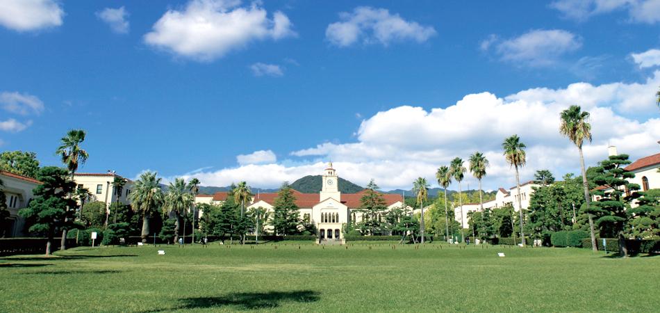 大学外観1